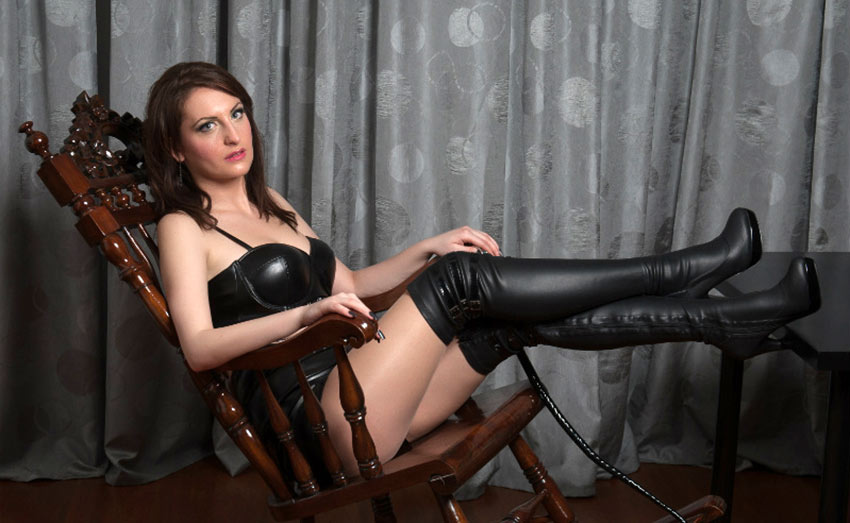 hot live domme in leather boots