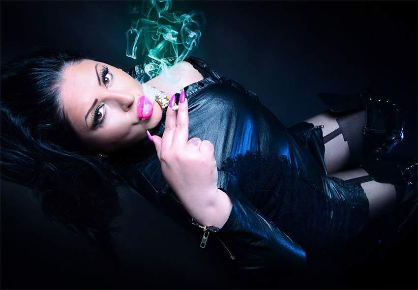 smoking femdom goddess