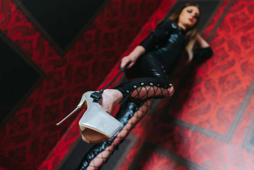 worship my shoes, slave!